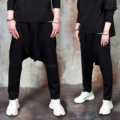 Avant-garde banded baggy pants