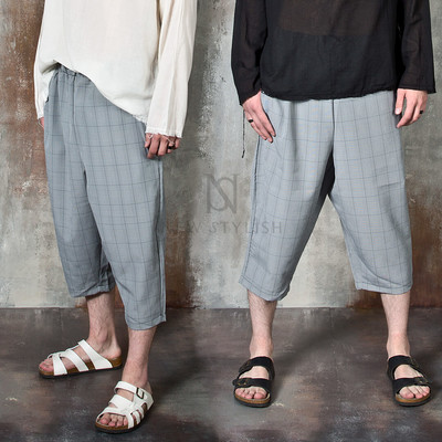 Checkered wide crop pants
