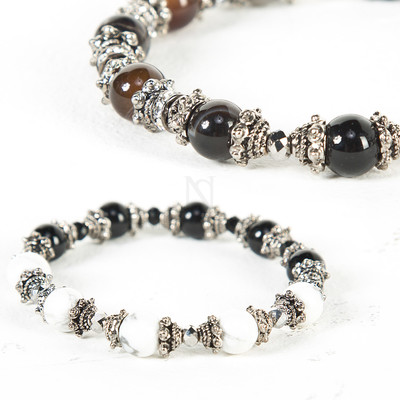 Metal contrast beads bracelet
