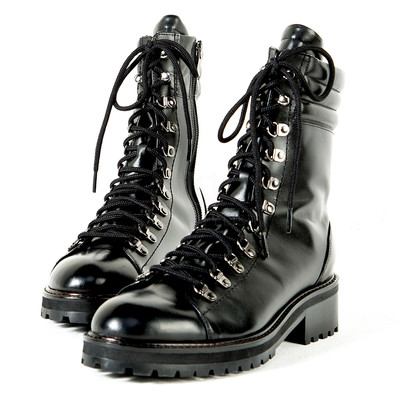 Black gloss tip lace-up leather boots