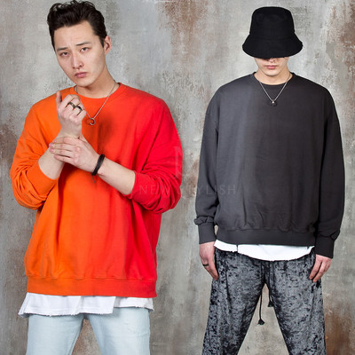 Two-tone gradation sweatshirts
