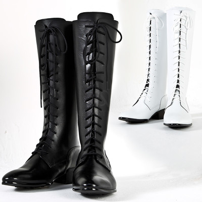 Laced sharp toe long boots