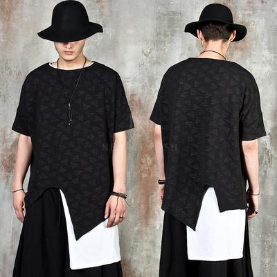 Avant-garde asymmetric triangle piece pattern t-shirts